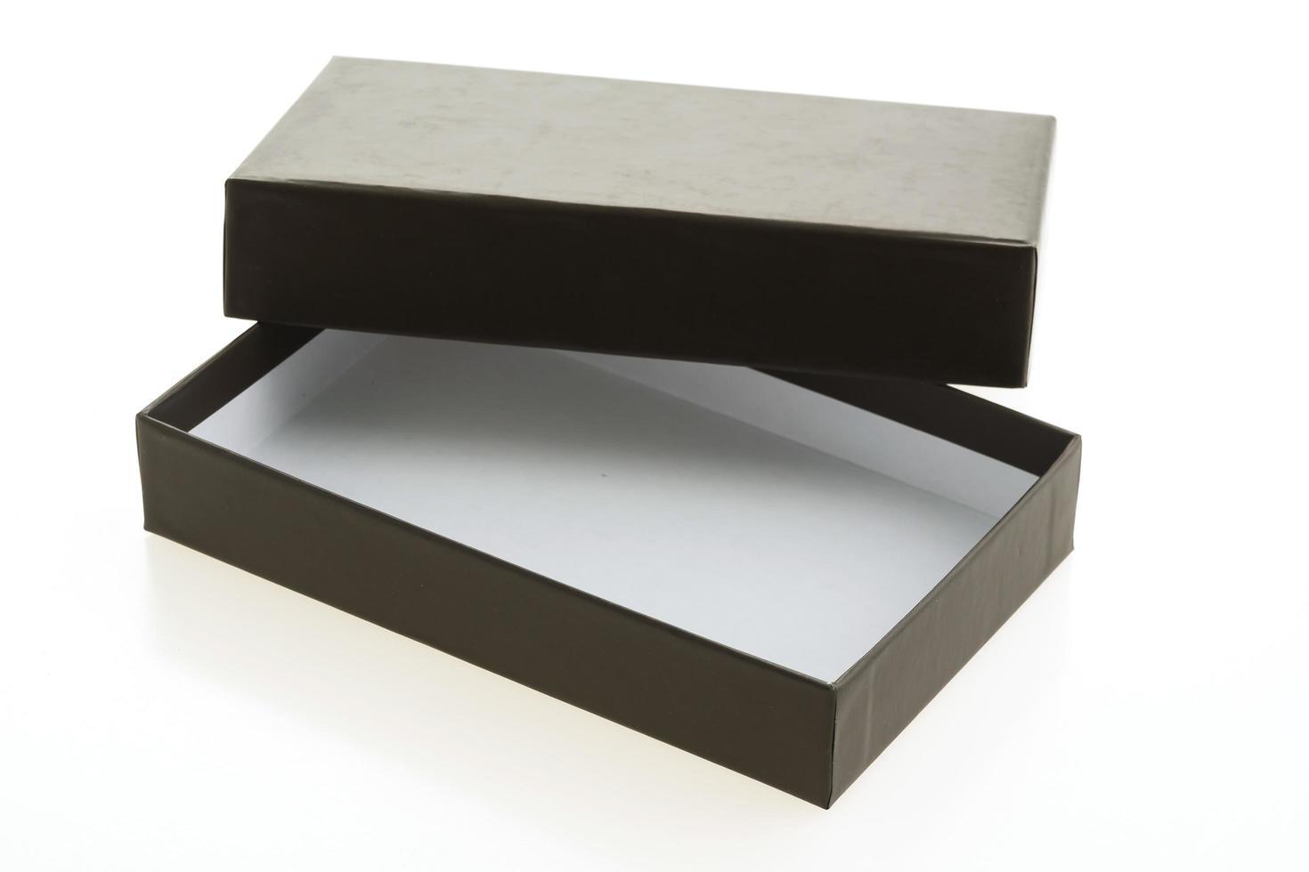 leere schwarze Box auf weißem Hintergrund foto