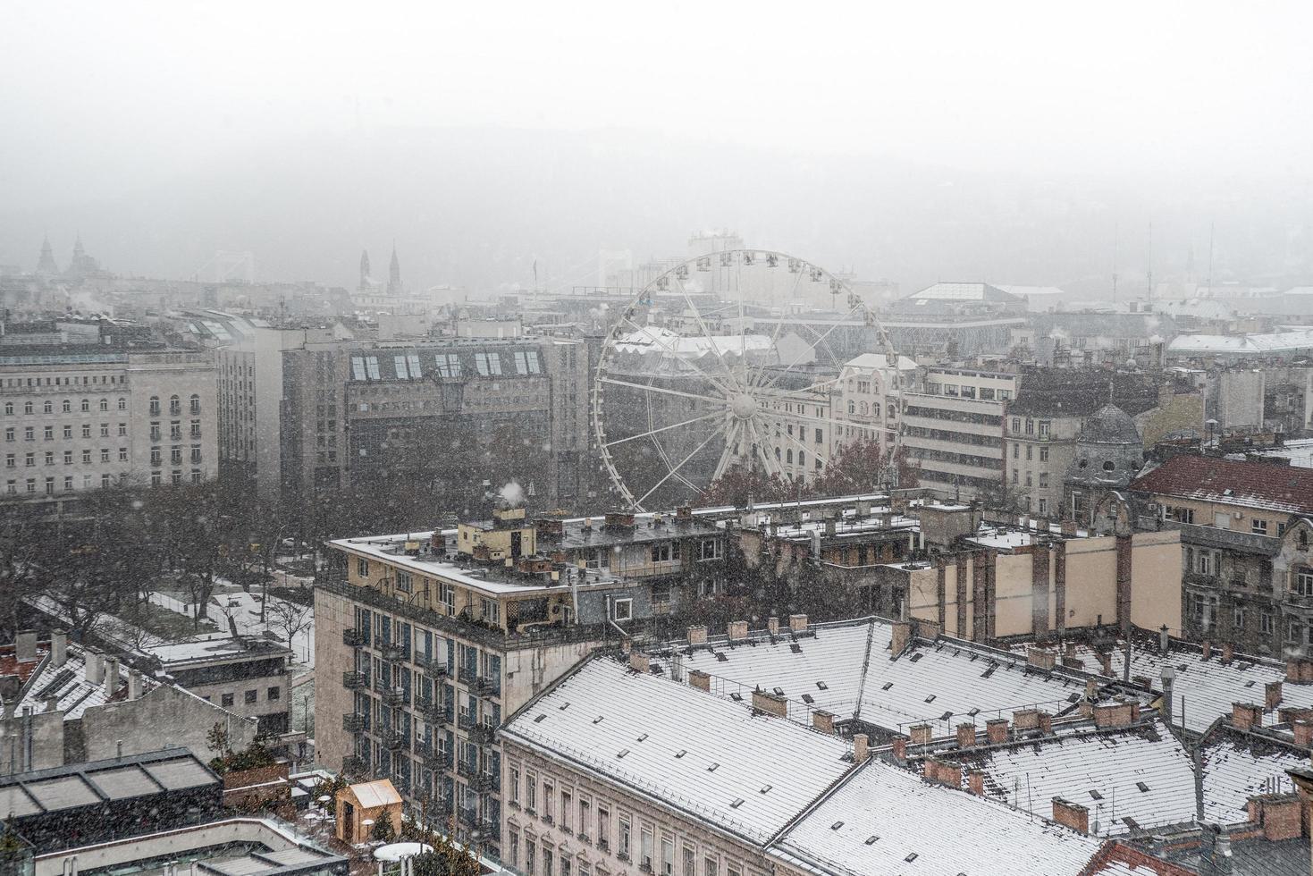 Budapest, Ungarn 2019 - Panorama von Budapest im Winter foto