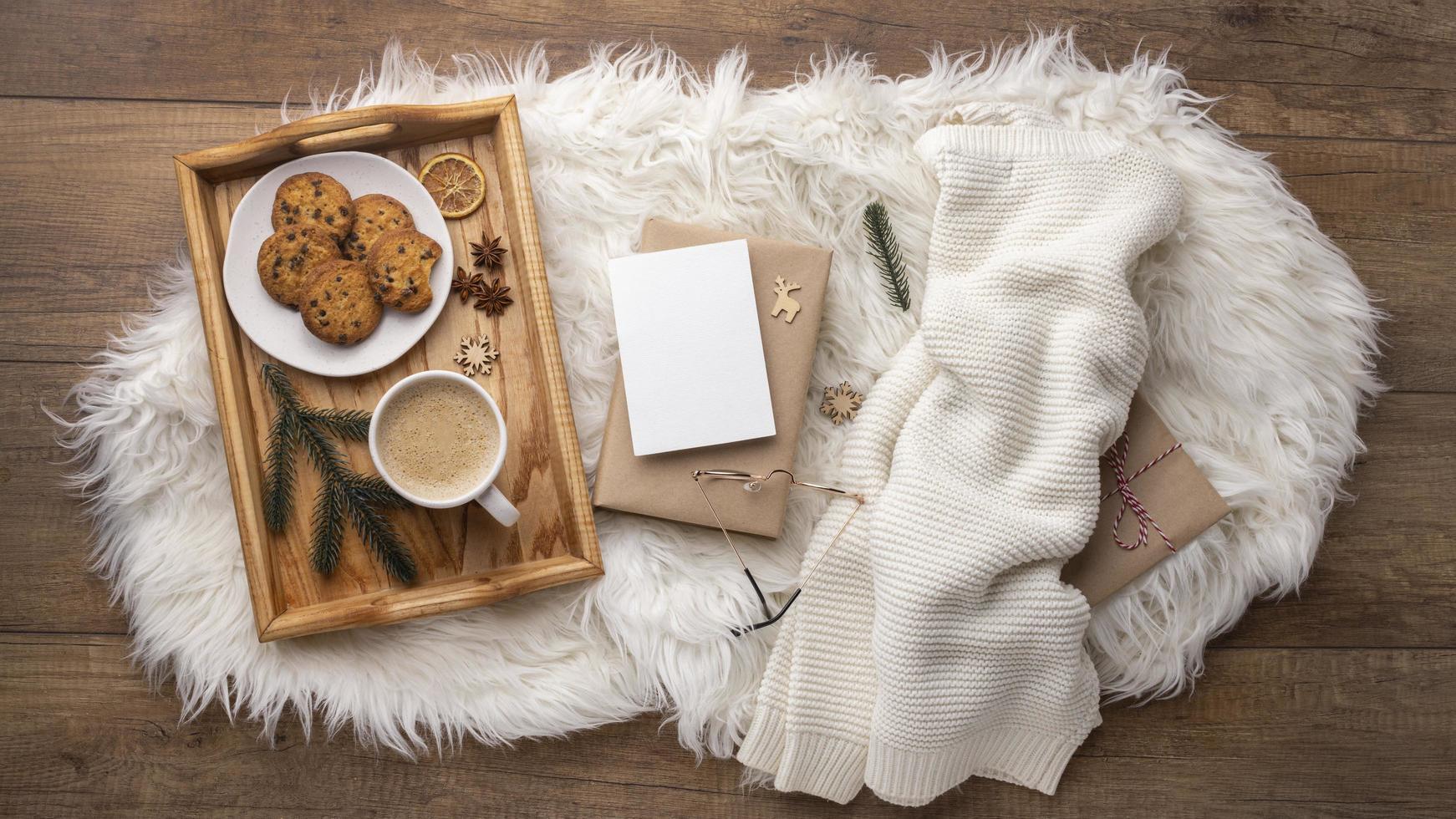 Kaffee und Kekse Draufsicht foto
