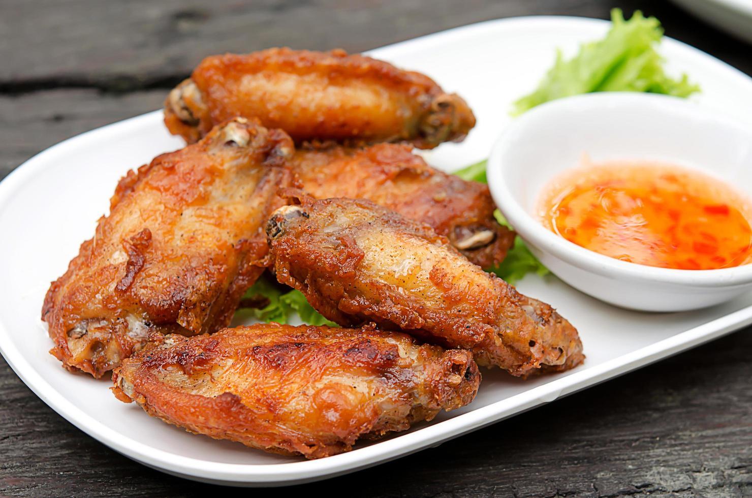 Hühnerflügelmahlzeit foto