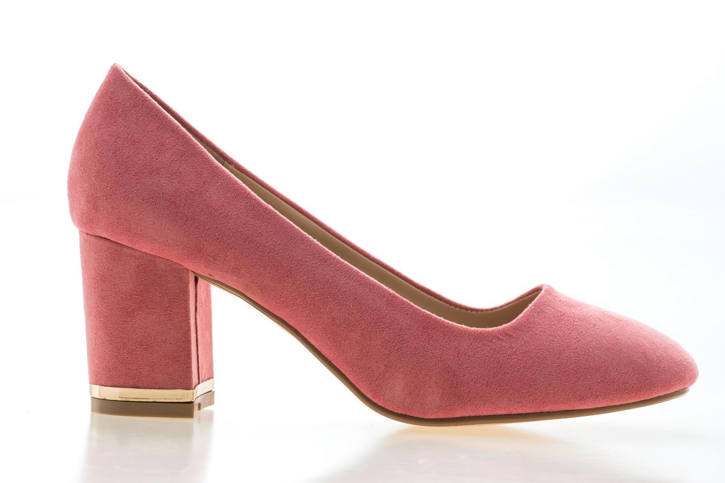 Schuh mit hohem Absatz auf weißem Hintergrund foto
