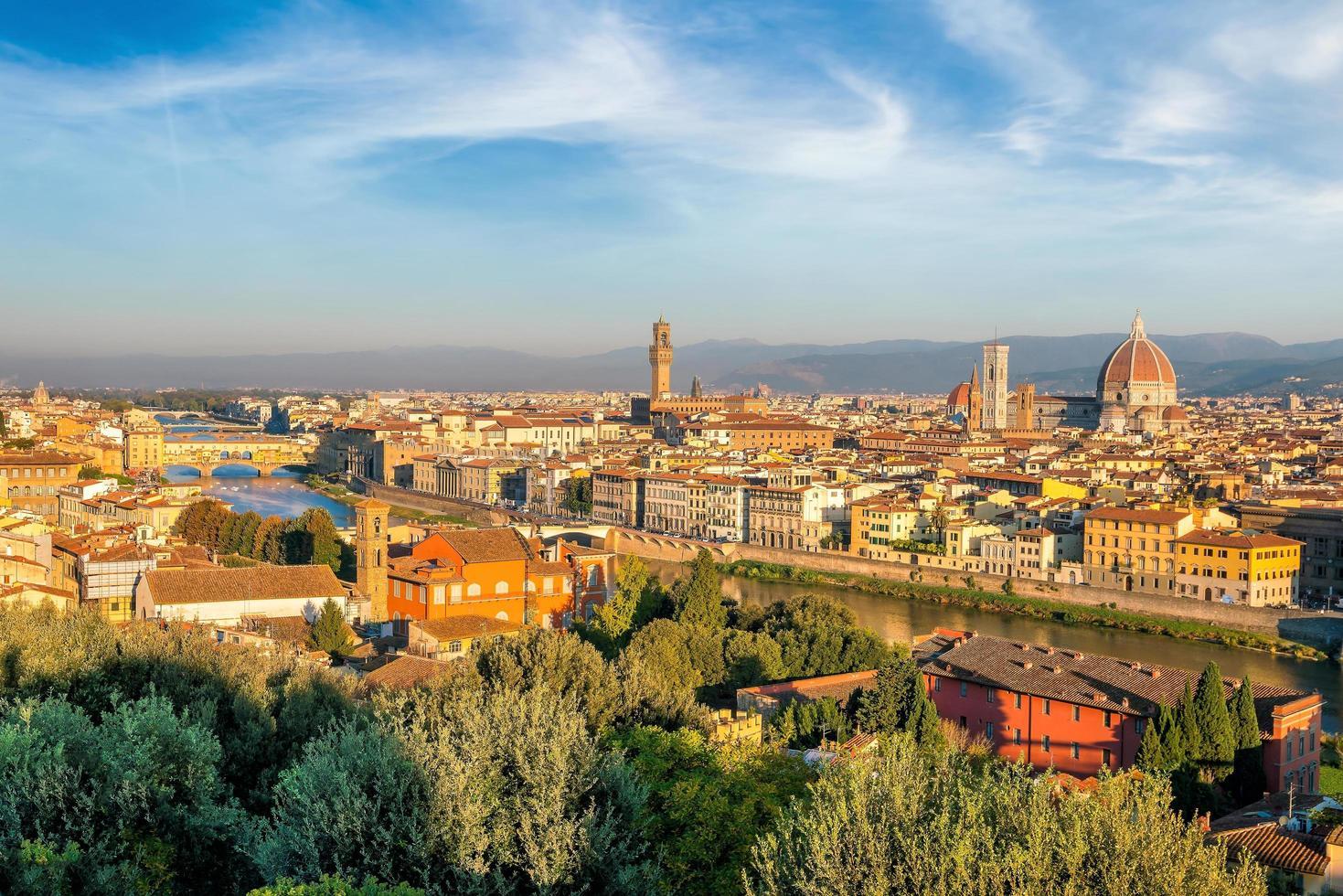 Blick auf die Skyline von Florenz von oben foto