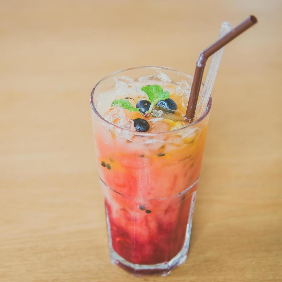 Mischen Sie Frucht Moctails trinken foto
