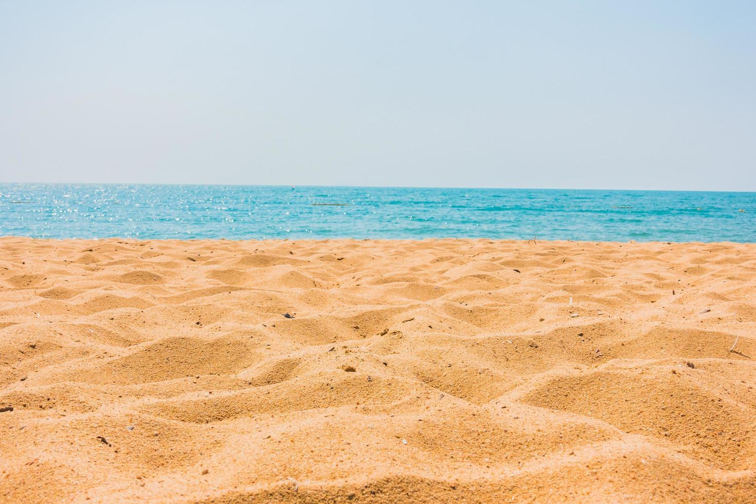 schöner Strand und Meer foto