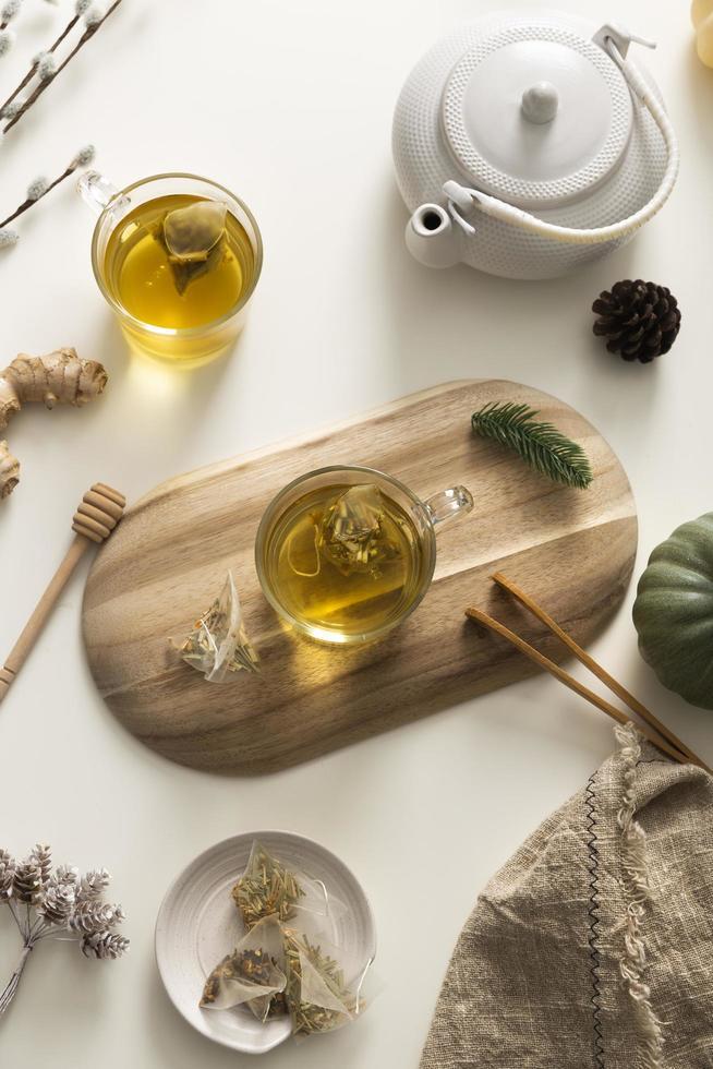 Draufsicht auf köstliches Teelayout foto