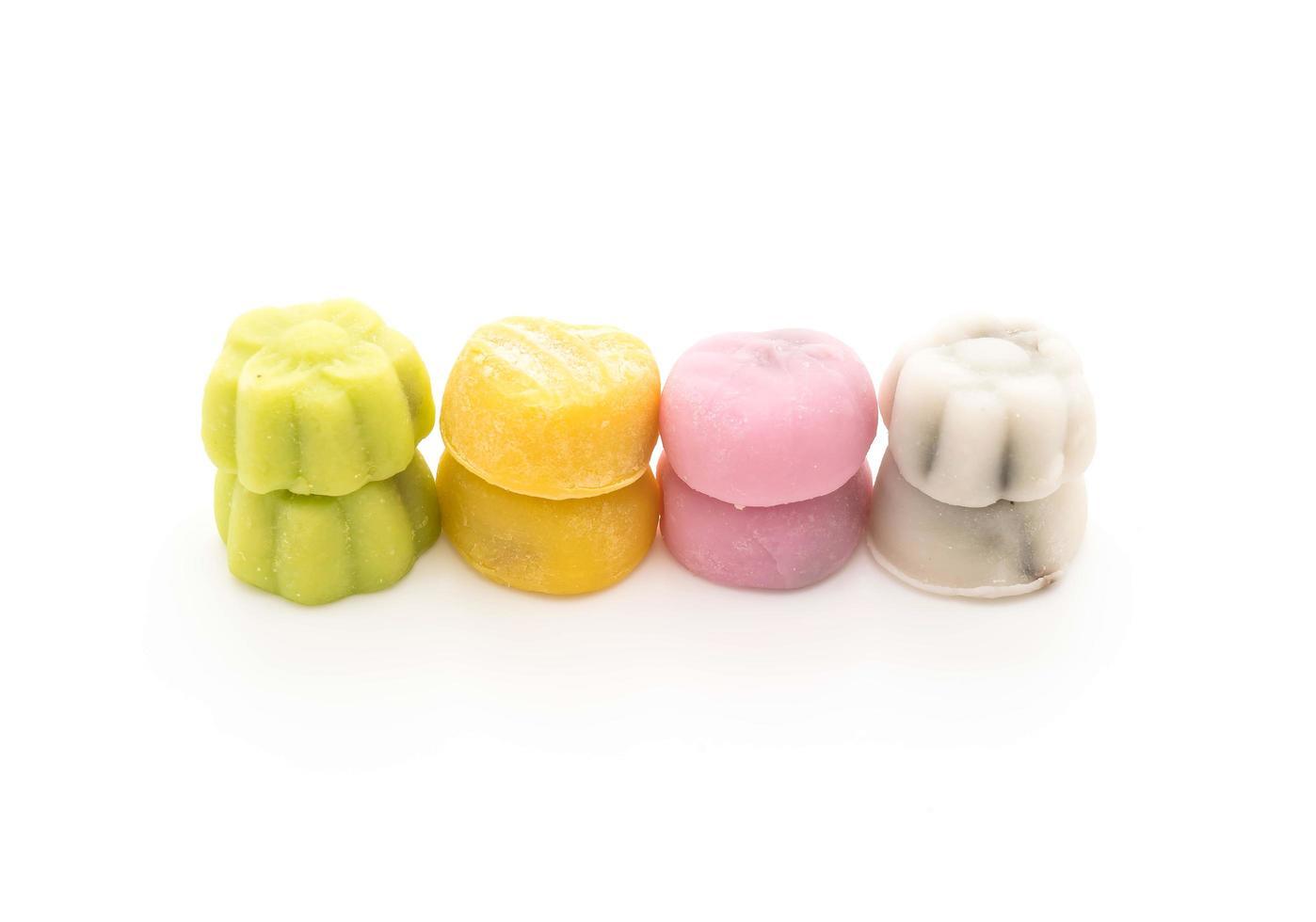 Dessert Mochi auf weißem Hintergrund foto