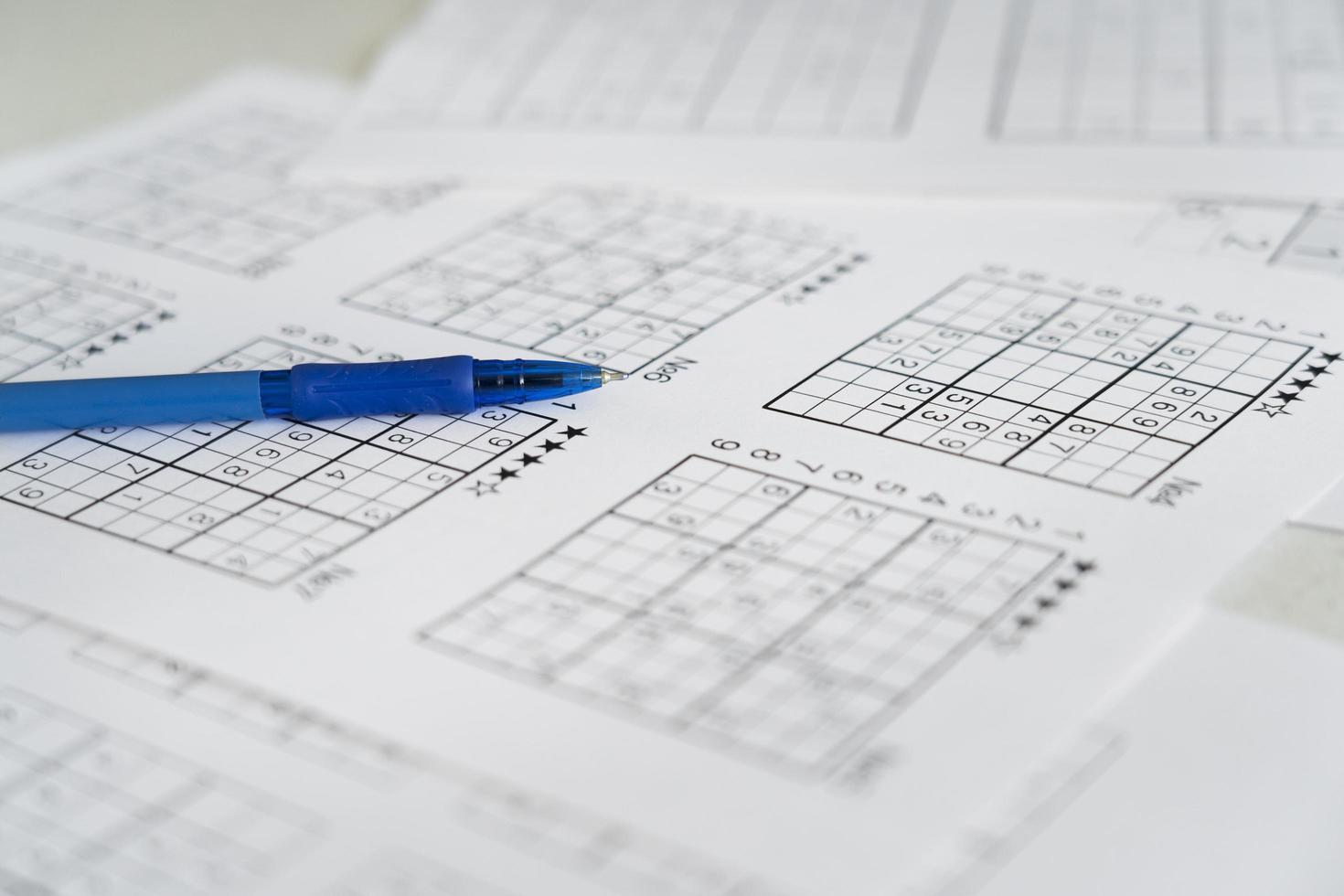 die Anordnung der Sudoku-Spielseiten foto