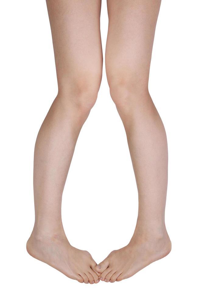 zwei Beine mit schmerzenden Gelenken foto