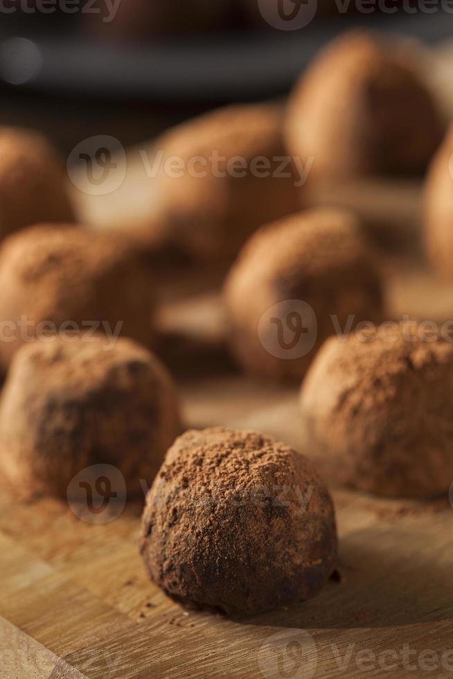 ausgefallene Gourmet-Schokoladentrüffel foto