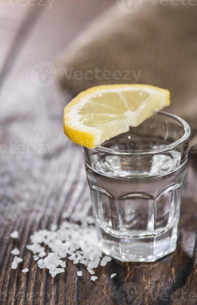 Tequilasilber mit Zitrone foto