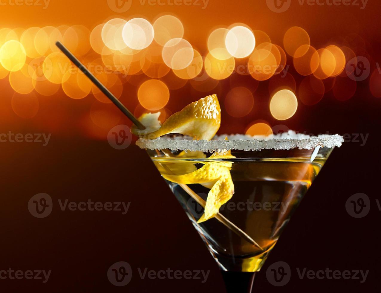 Cocktail mit Zitrone foto
