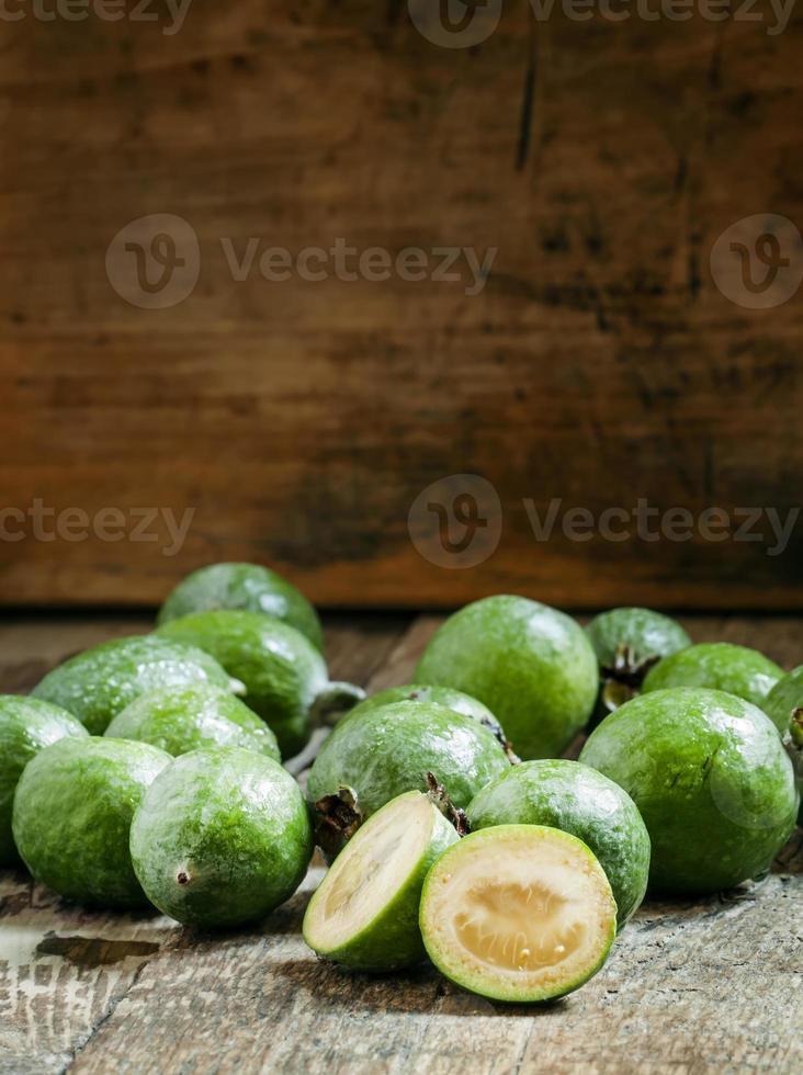 Scheiben frische Ananas Guave foto