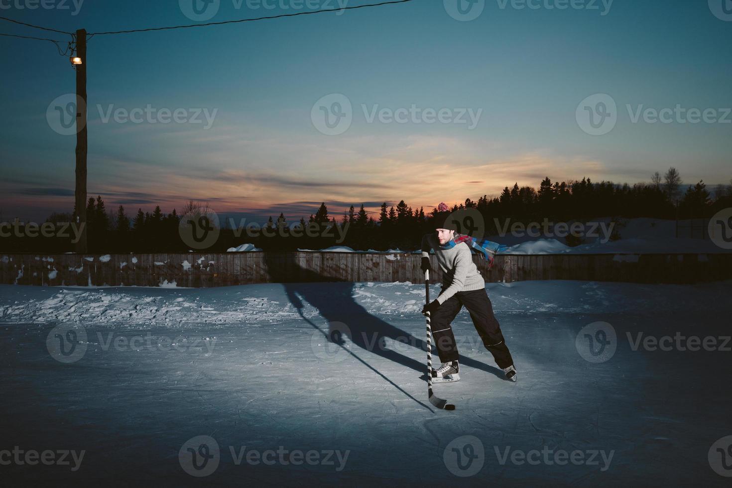 Teichhockey bei Sonnenuntergang foto