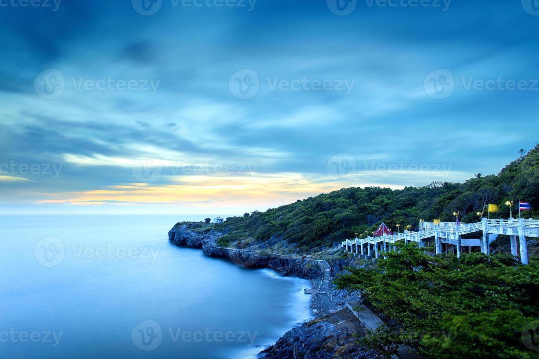 Aussichtspunkt auf der Insel Si Chang, Thailand foto