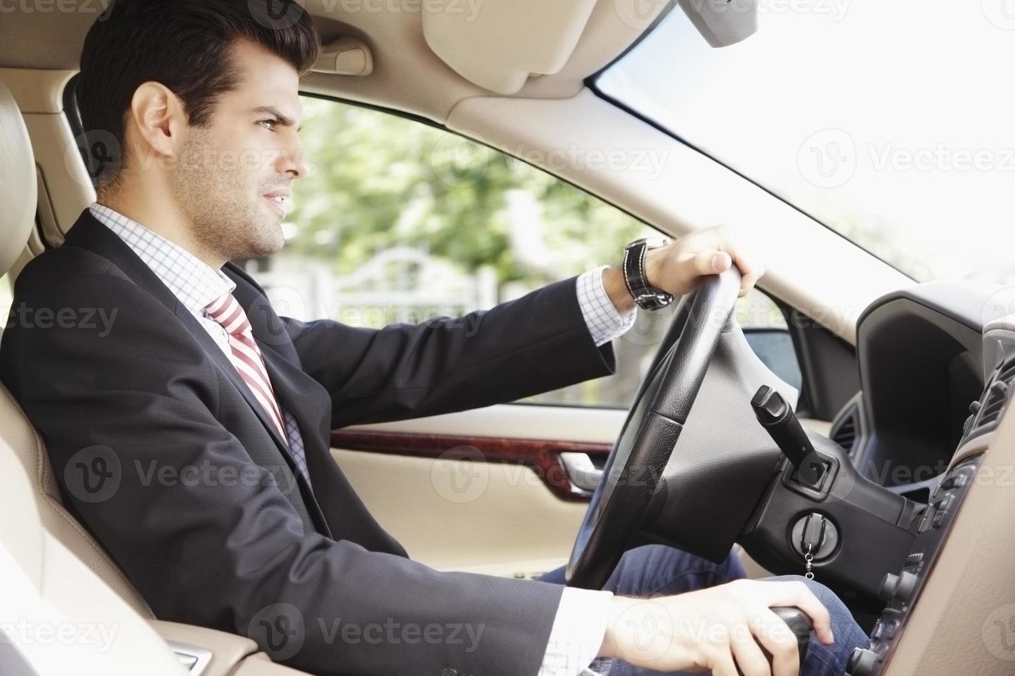 ein Auto fahren foto