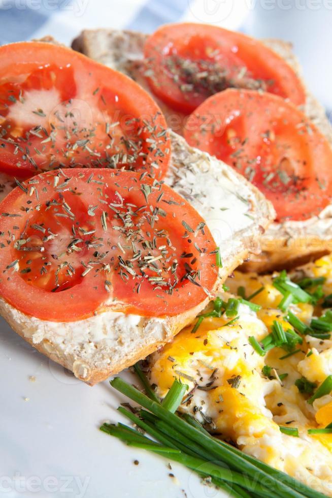 Sandschalter mit Tomate foto
