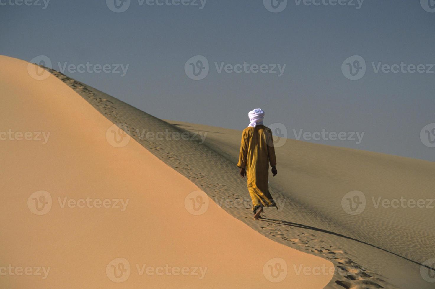 touareg dans le desert foto