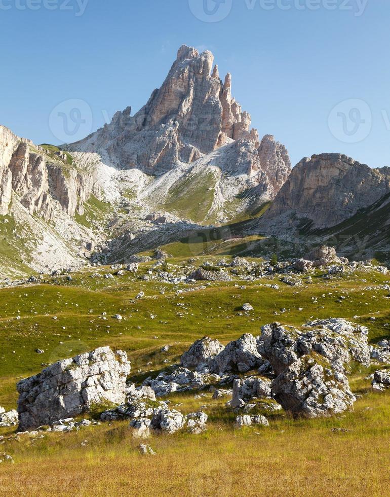 Panoramablick auf den Berg Croda da Lago foto