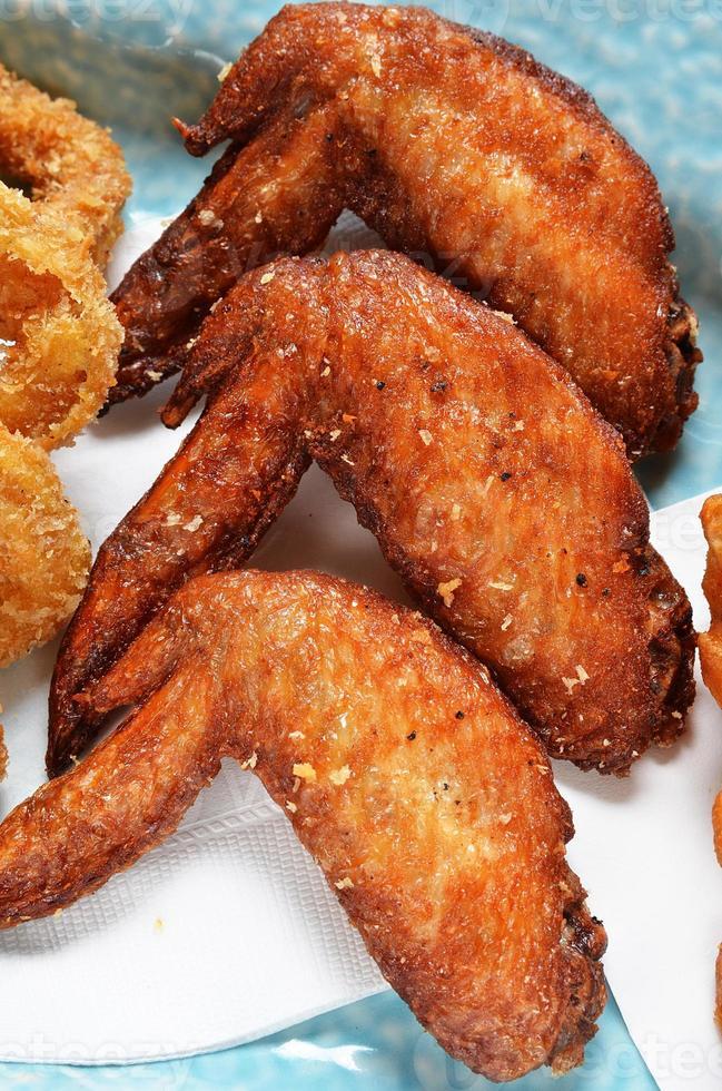 gebratene Hühnerflügel foto