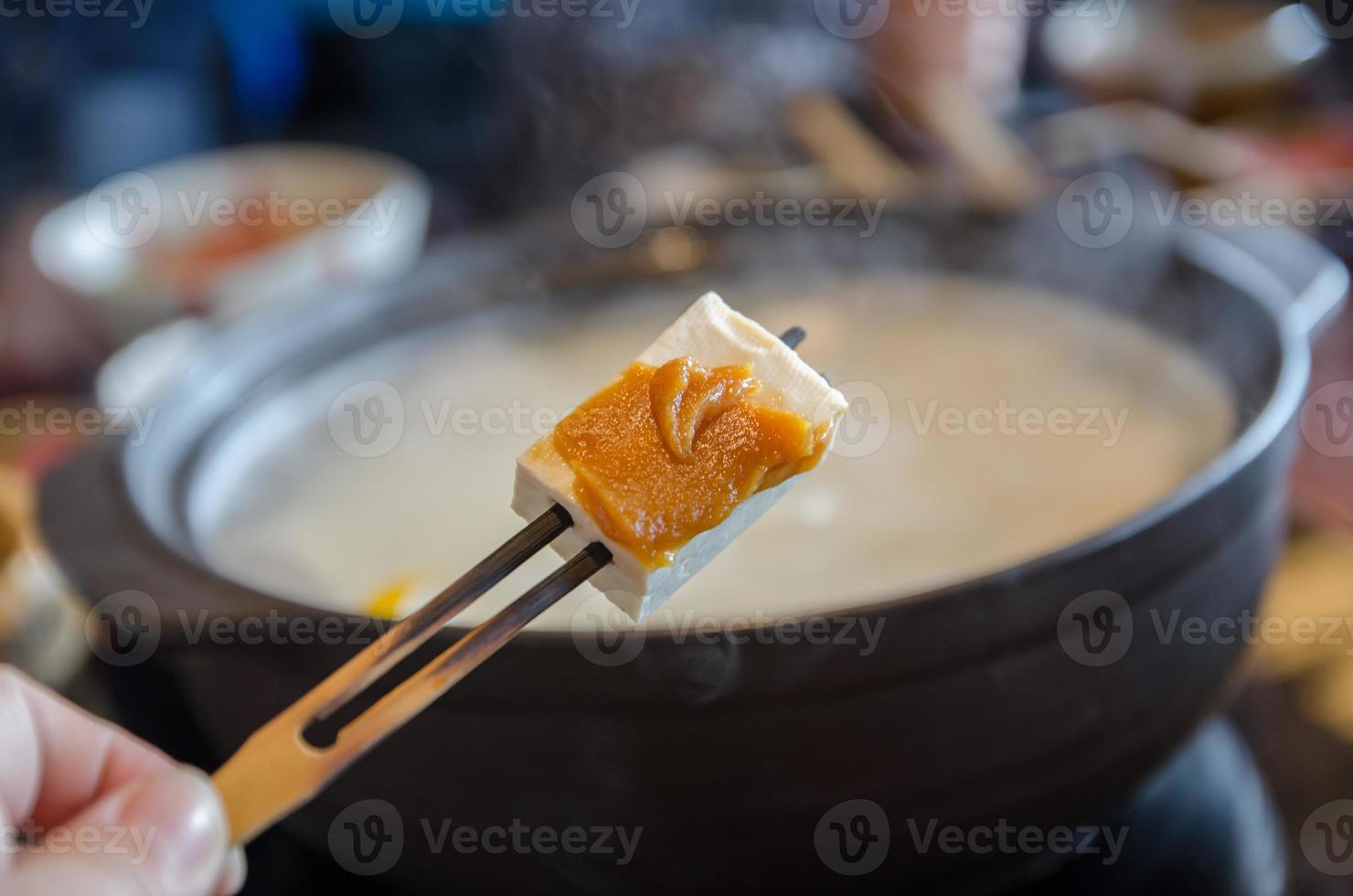 süßer Tofu, Bohnengallerte und Marmelade foto