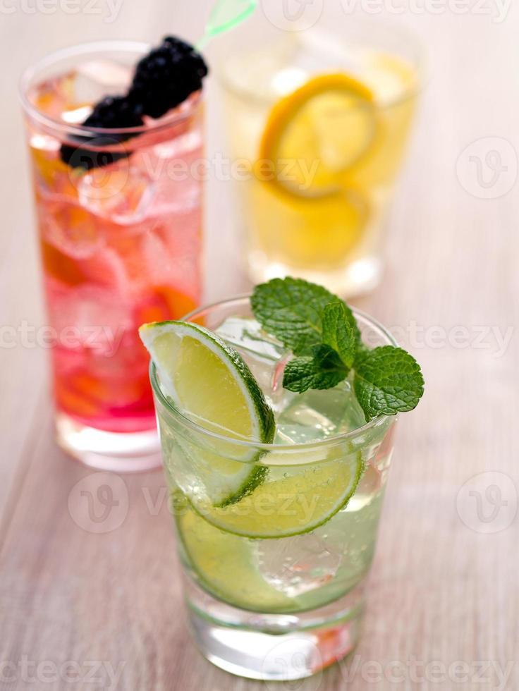 drei Cocktails foto