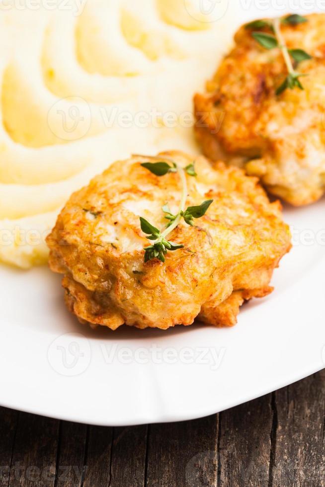 Schnitzel mit Kartoffeln foto