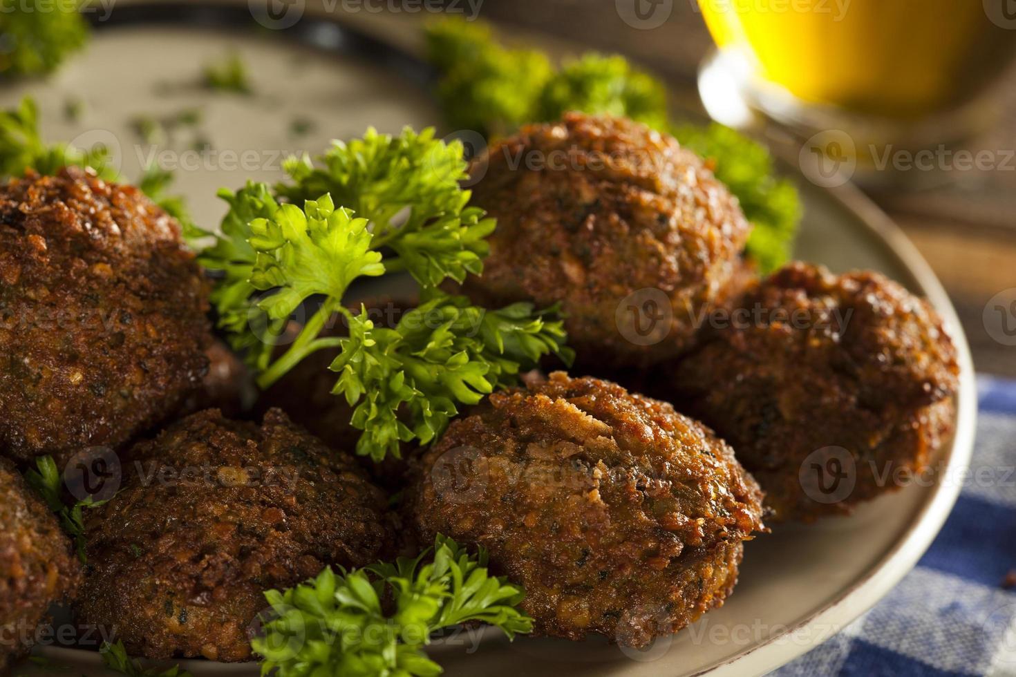gesunde vegetarische Falafelbällchen foto
