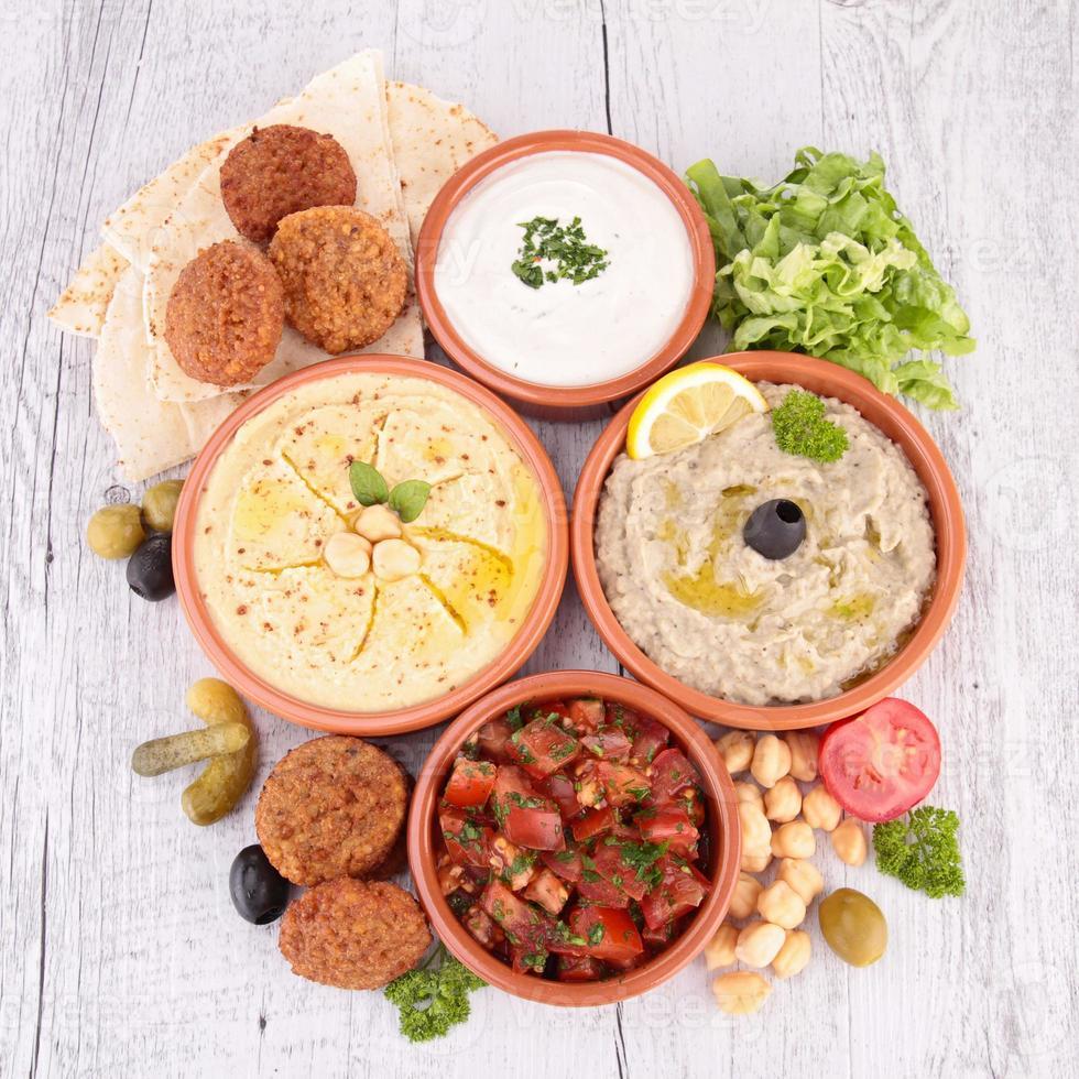 Hummus, Falafel und andere Mezze foto