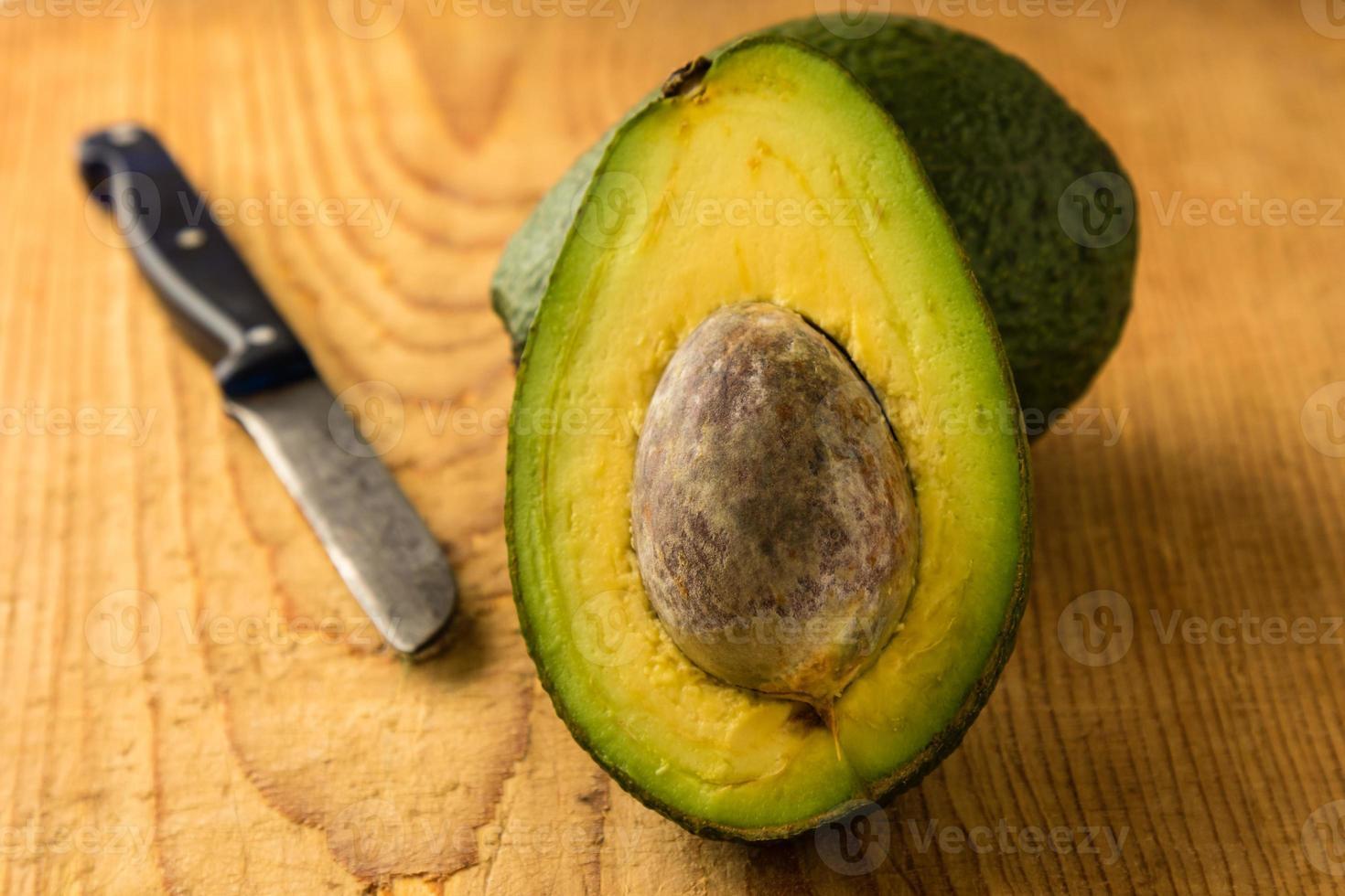 Avocado schneiden foto