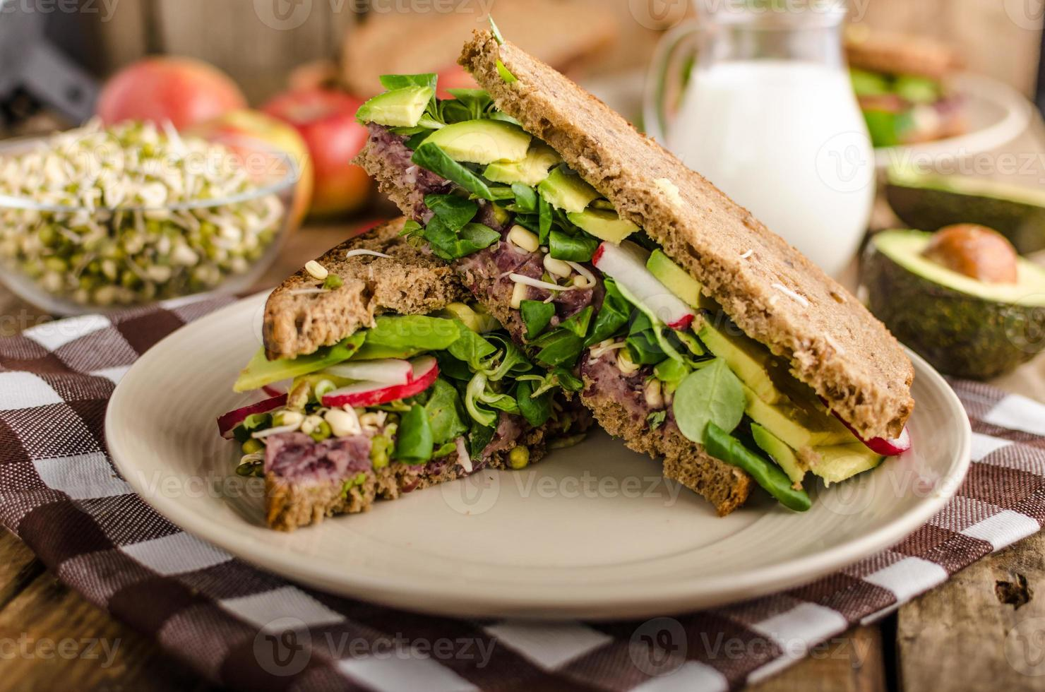 Chipotle-Avocado-Sommer-Sandwich-Rezept foto