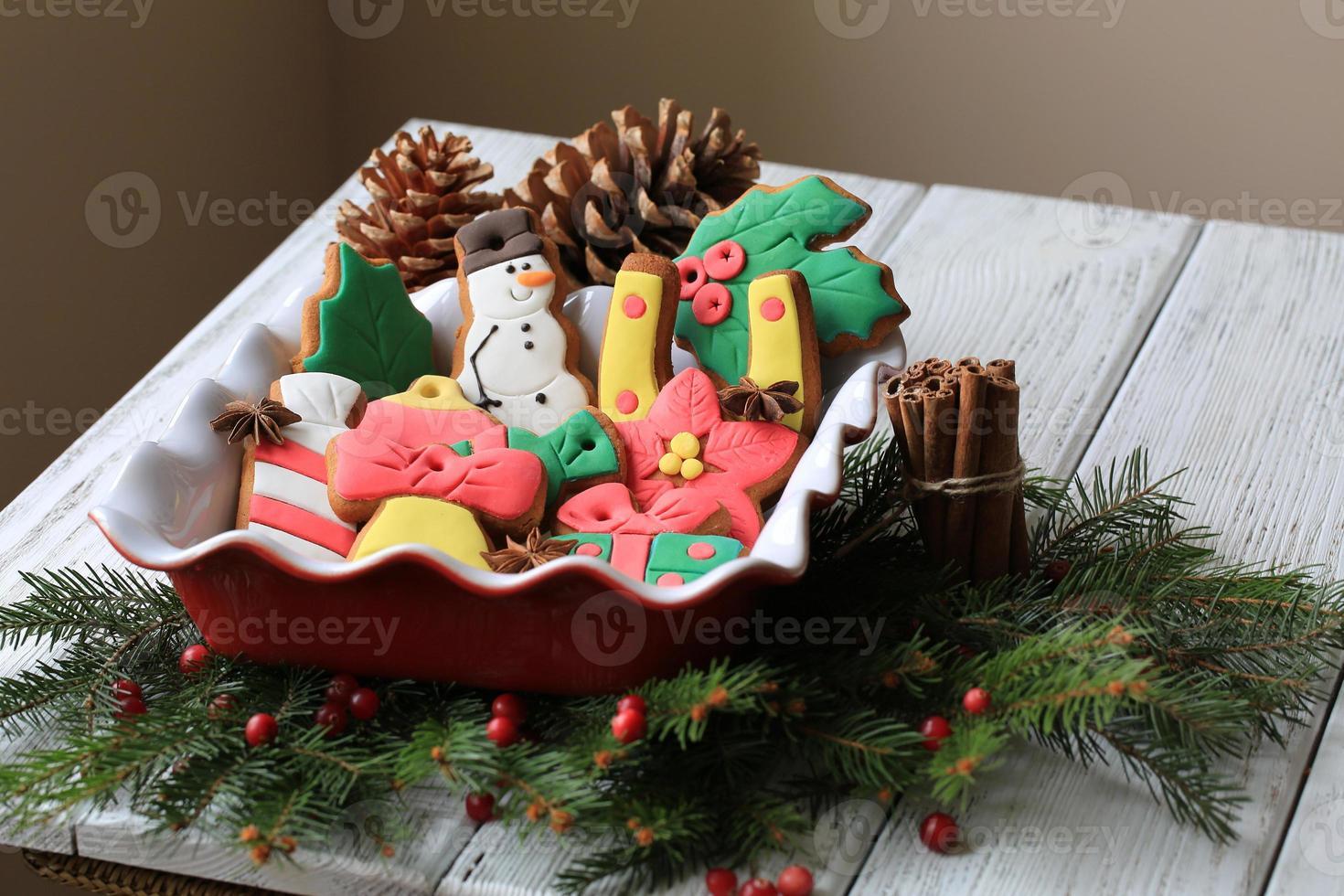 Weihnachtsdekoration mit Lebkuchen foto