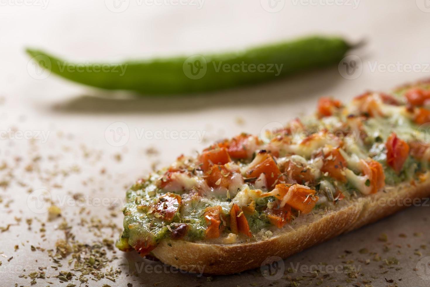 Baguette mit Pesto foto