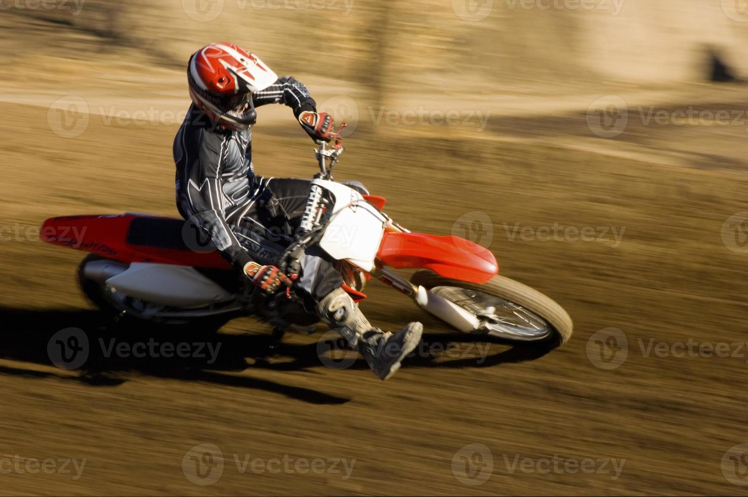 Motocross-Rennfahrer foto
