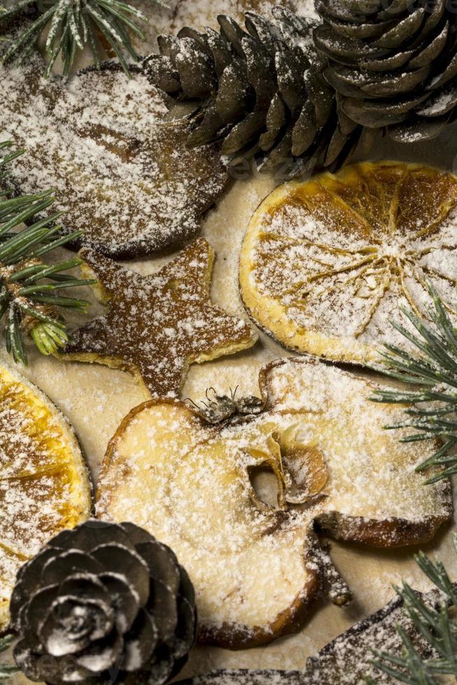 getrocknete Weihnachtsfrucht foto