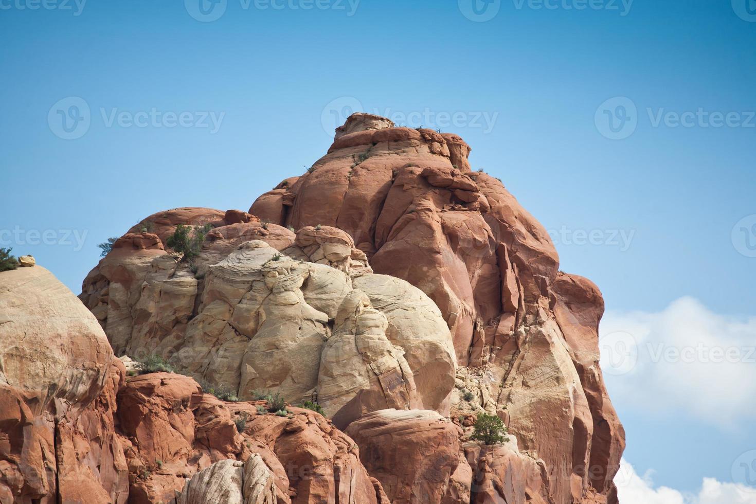 runde Felsen der Feuerbildung in der Nähe von Canyon in New Mexico_.jpg foto