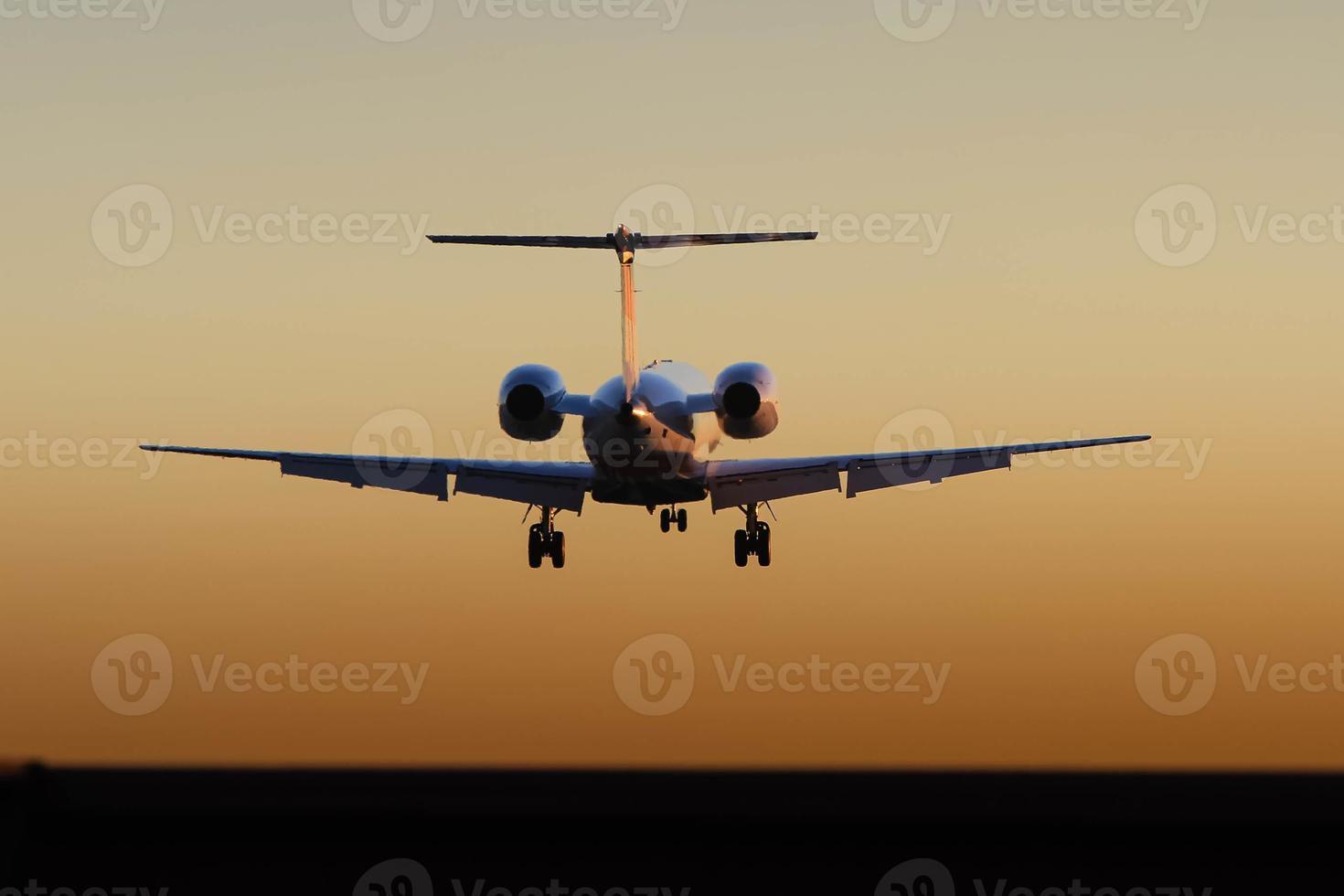 privater Luxusjet im Flug foto