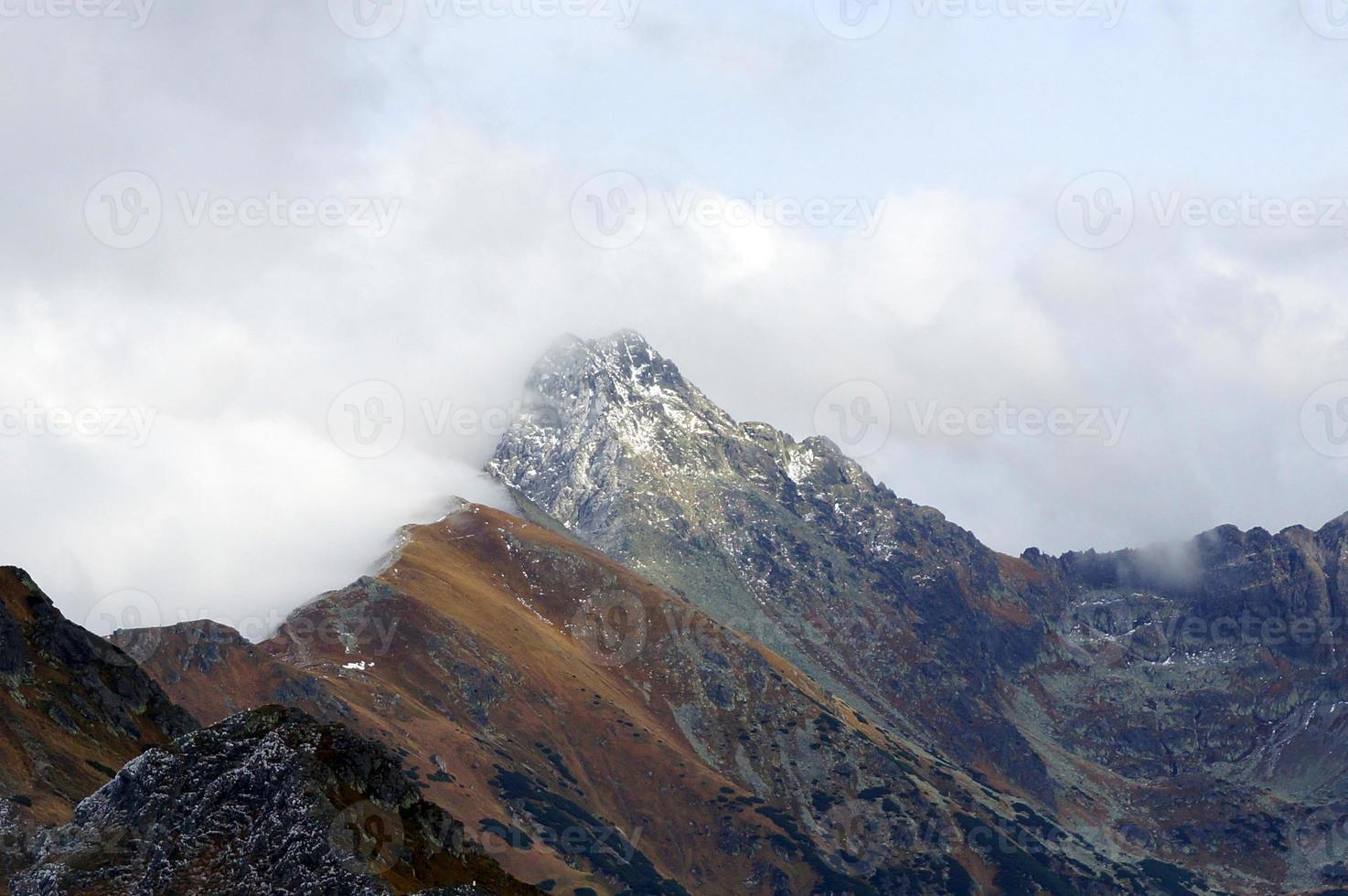 Landschaft der hohen Tatras Berge, Polen foto