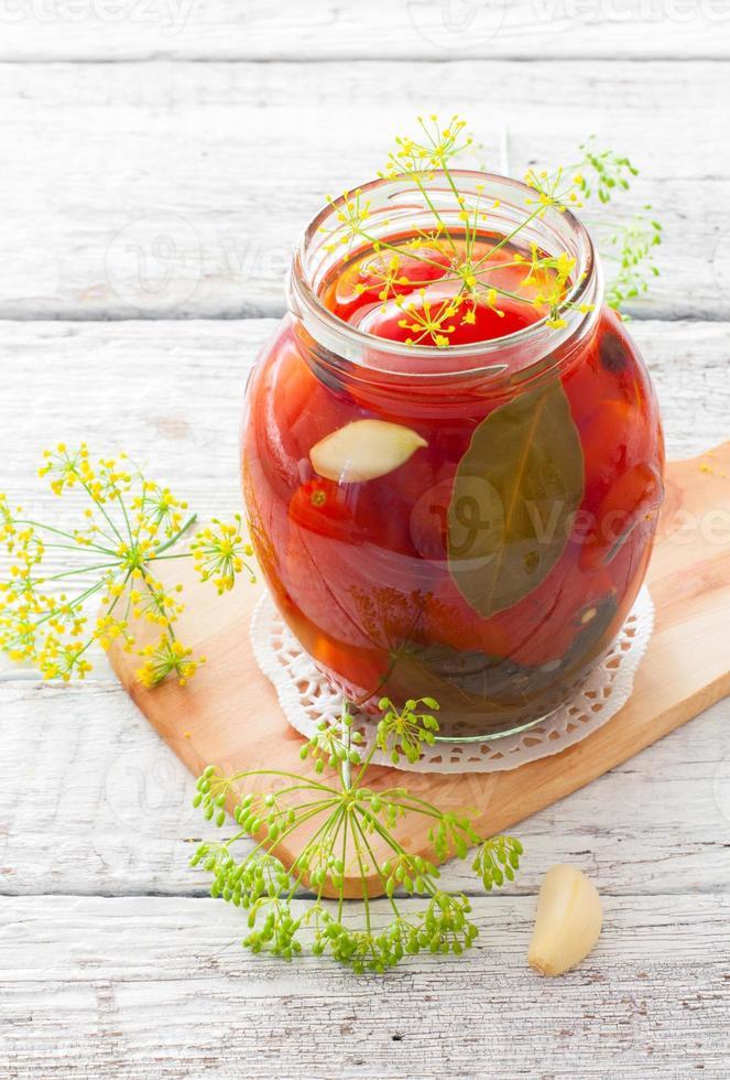 konservierte Tomaten foto