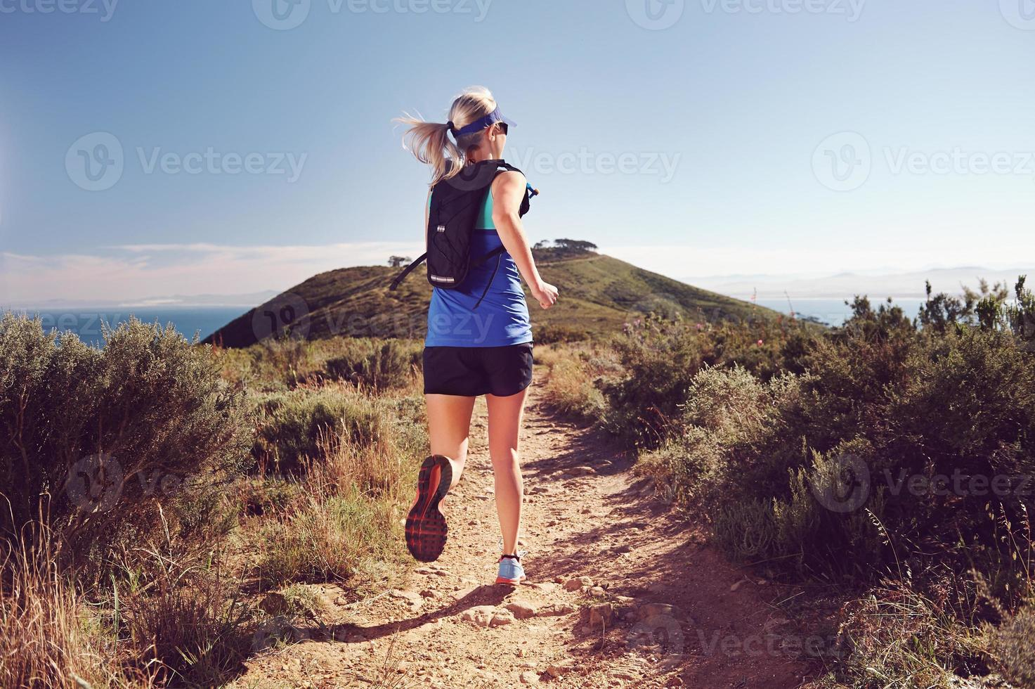 Trailrunning-Frau foto