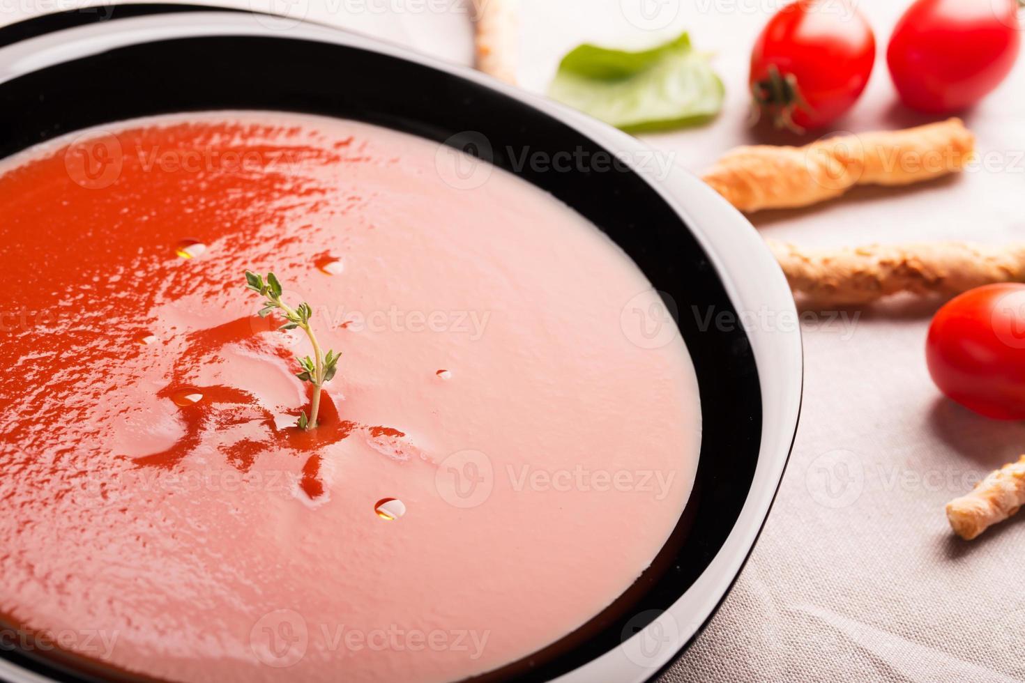 Tomaten-Gazpacho-Suppe foto