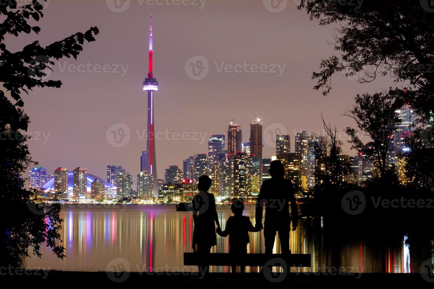 romantischer Blick auf die Skyline von Toronto foto