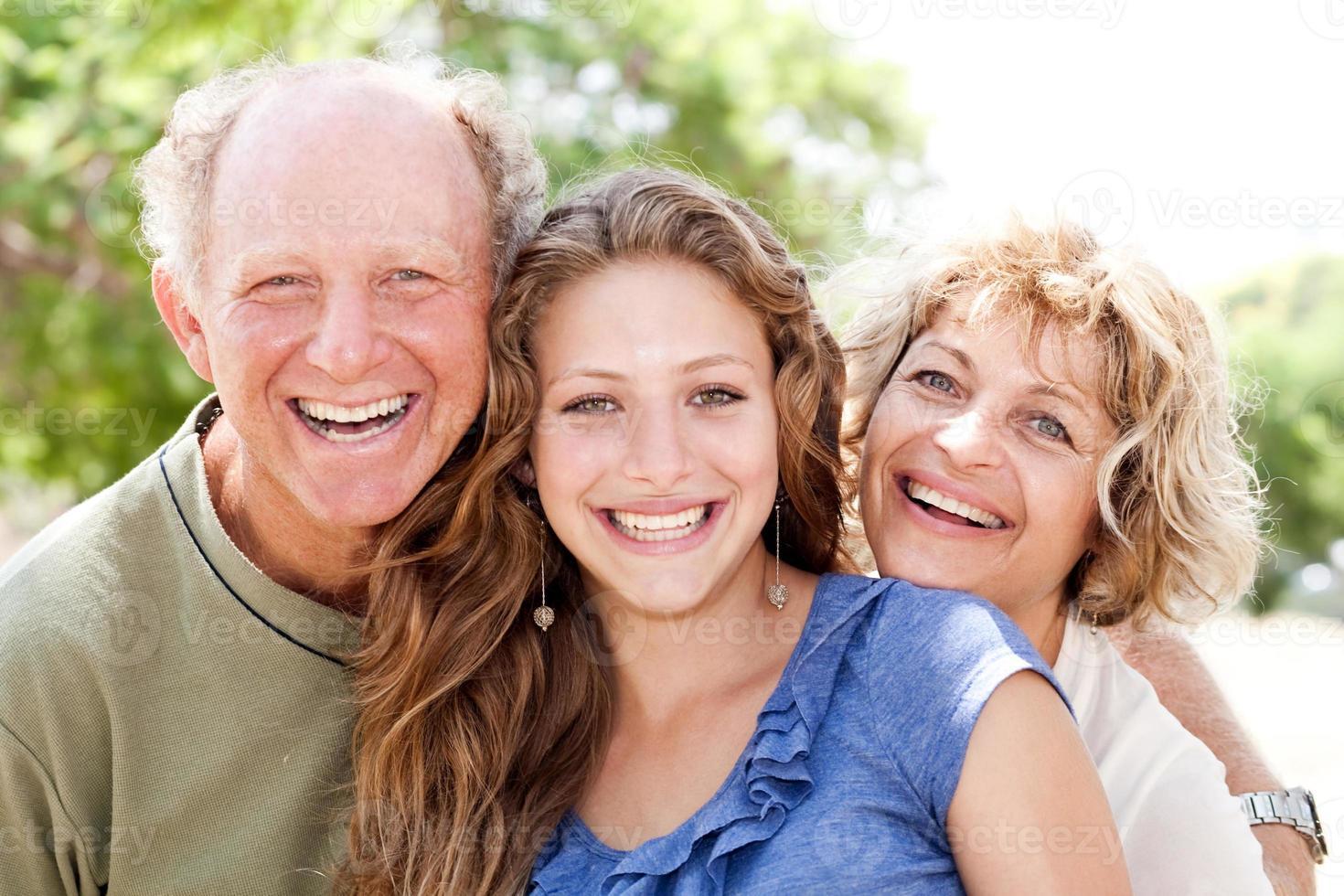 Porträt der glücklichen Familie foto