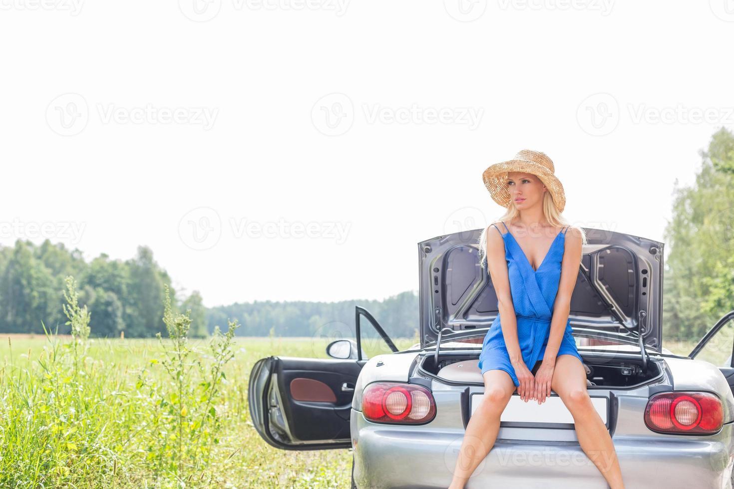 weiblicher Roadtrip foto