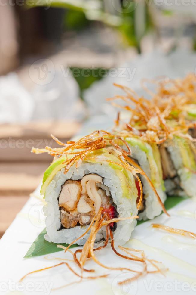 japanische Brötchen Maki Sushi foto