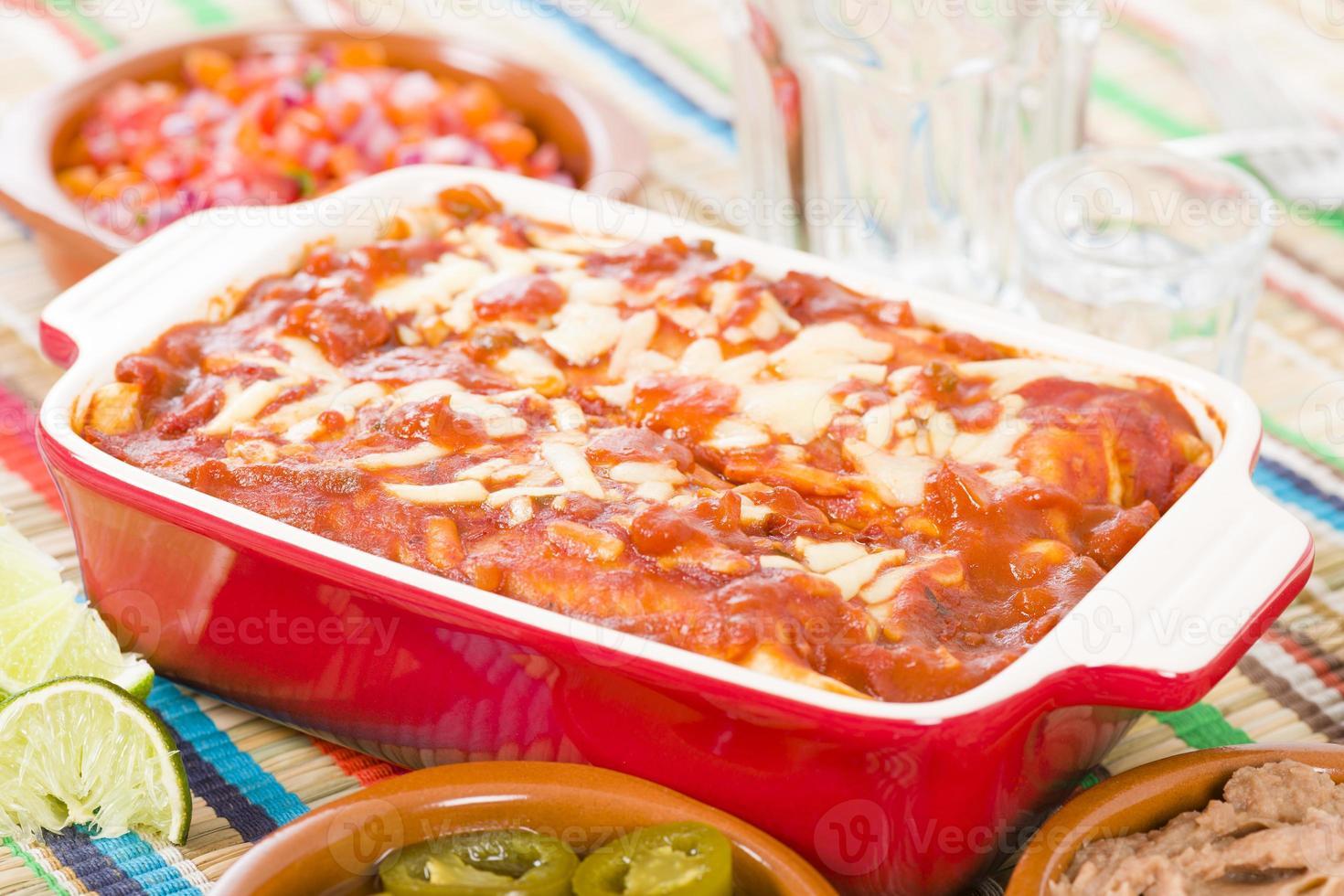 Hühnchen & Chorizo Enchiladas foto