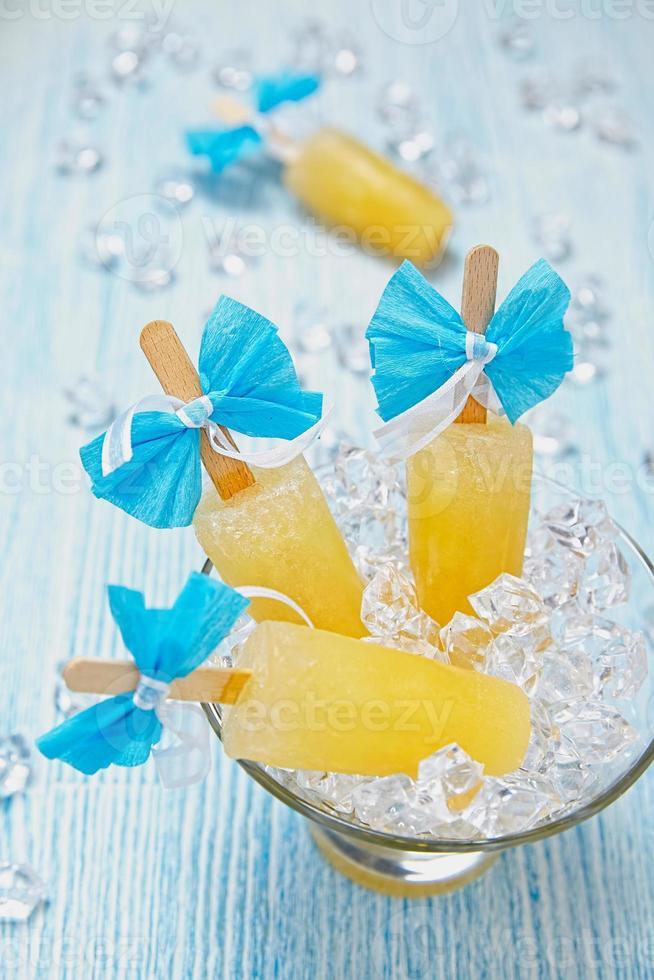 Fruchteis Eis am Stiel foto