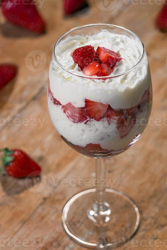 Erdbeere mit Sahne foto