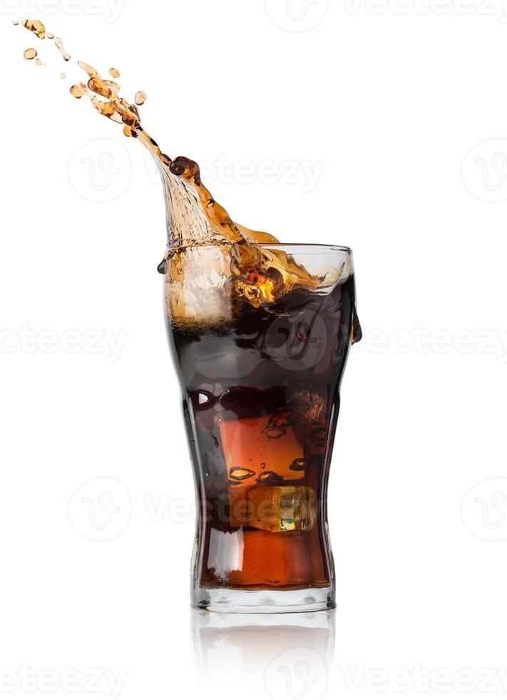 Cola in Glas foto