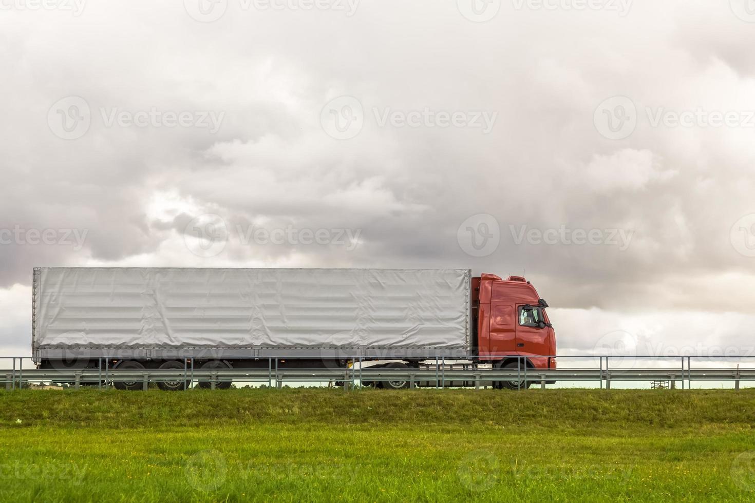 LKW unterwegs foto