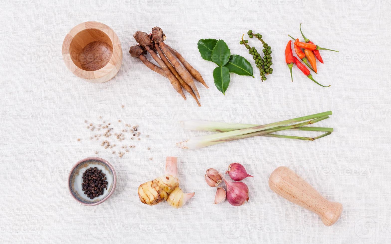 thailändisches Essen kochen Zutaten. - Paste aus thailändischen beliebten Lebensmitteln. foto